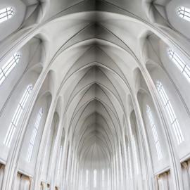 Rekjevik church interior 4 K