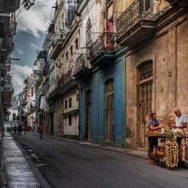 Havana street vendor